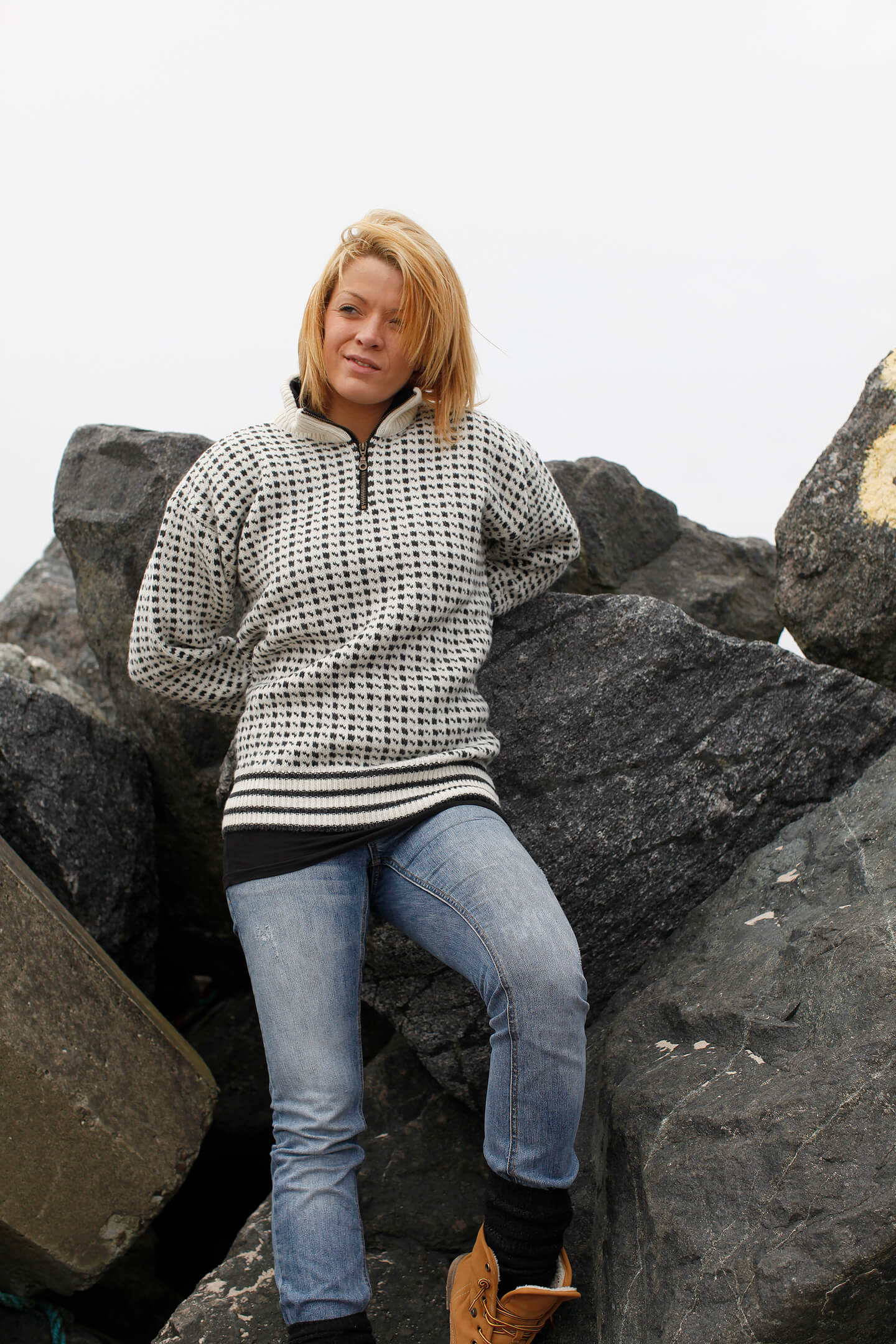 Icelandic knitted wool sweater of pure new wool from NORWOOL.